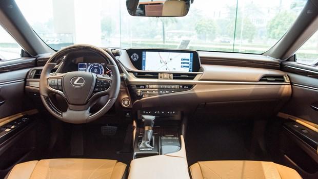 Lexus chinh thuc ra mat ES phien ban 2021 tai thi truong Viet hinh anh 1