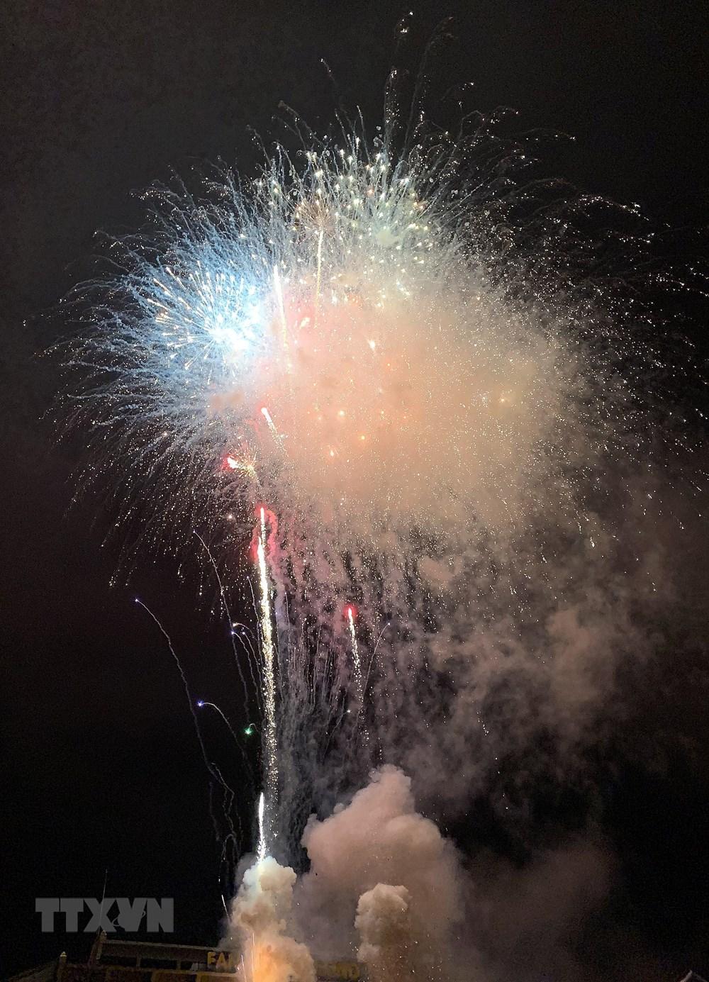 Lào Cai: Bắn pháo hoa chào mừng Quốc khánh tại khu du lịch Sa Pa - 4