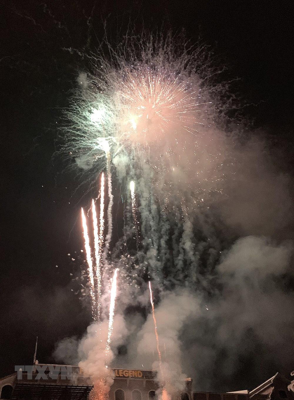 Lào Cai: Bắn pháo hoa chào mừng Quốc khánh tại khu du lịch Sa Pa - 5