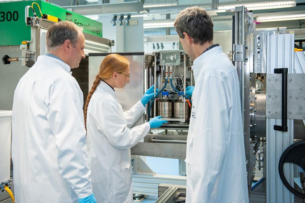 Phòng thí nghiệm Australia tiến hành nuôi cấy virus corona