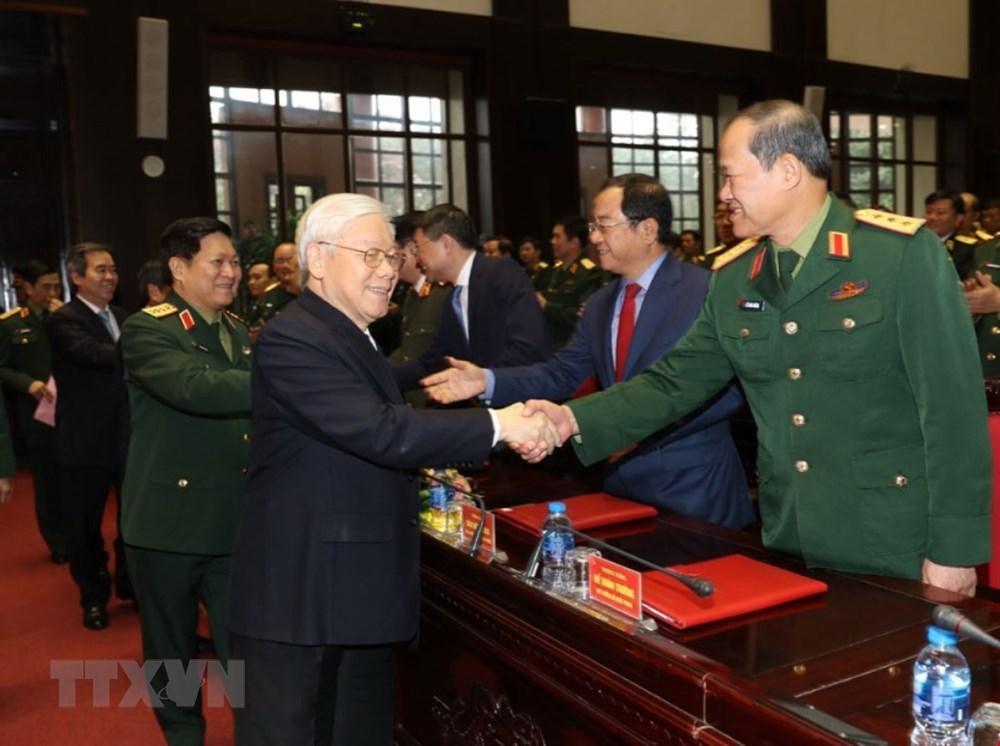 Tổng Bí thư, Chủ tịch nước Nguyễn Phú Trọng, Bí thư Quân ủy Trung ương và các đại biểu dự Hội nghị. Ảnh: Trí Dũng/TTXVN