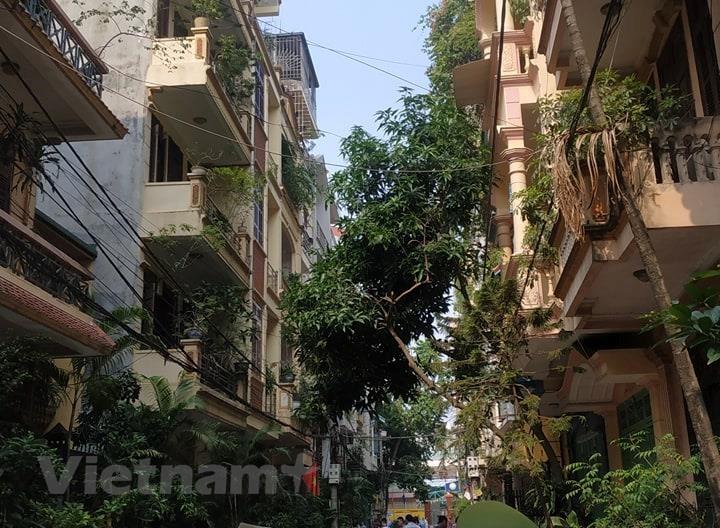 Hà Nội: Nghi phạm sát hại 2 nữ sinh rồi nhảy lầu đã tử vong - 1