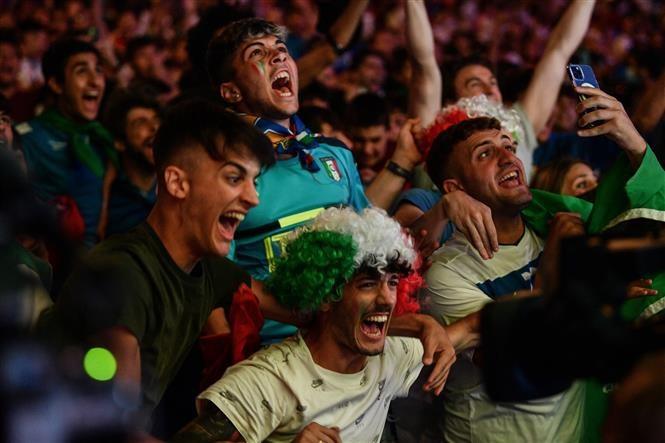 EURO 2020: Giai dau dang nho bat chap dai dich COVID-19 hinh anh 1