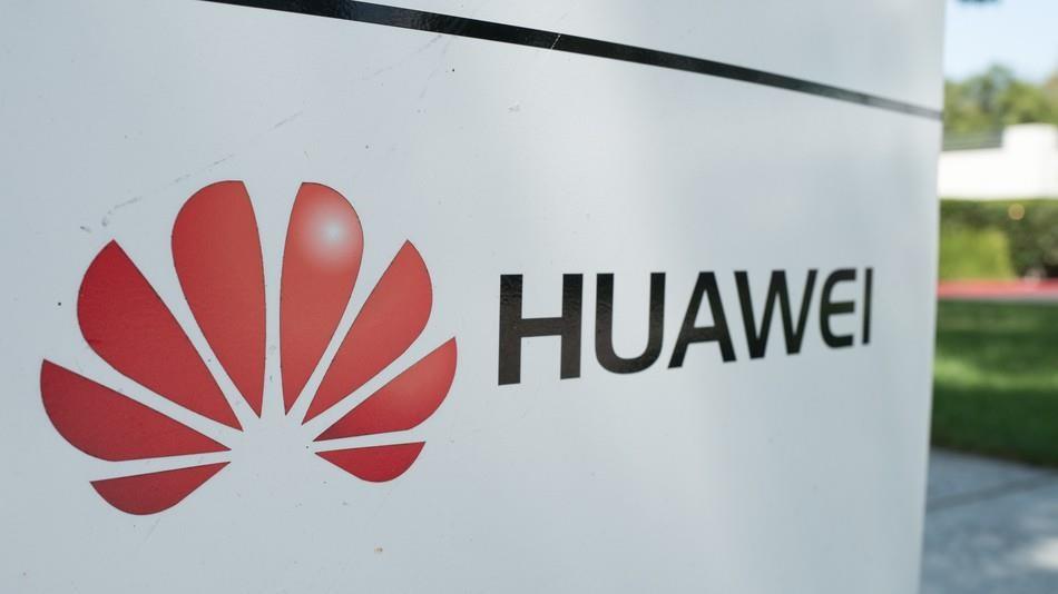 Huawei phủ nhận việc cắt giảm sản lượng do lệnh cấm vận của Mỹ