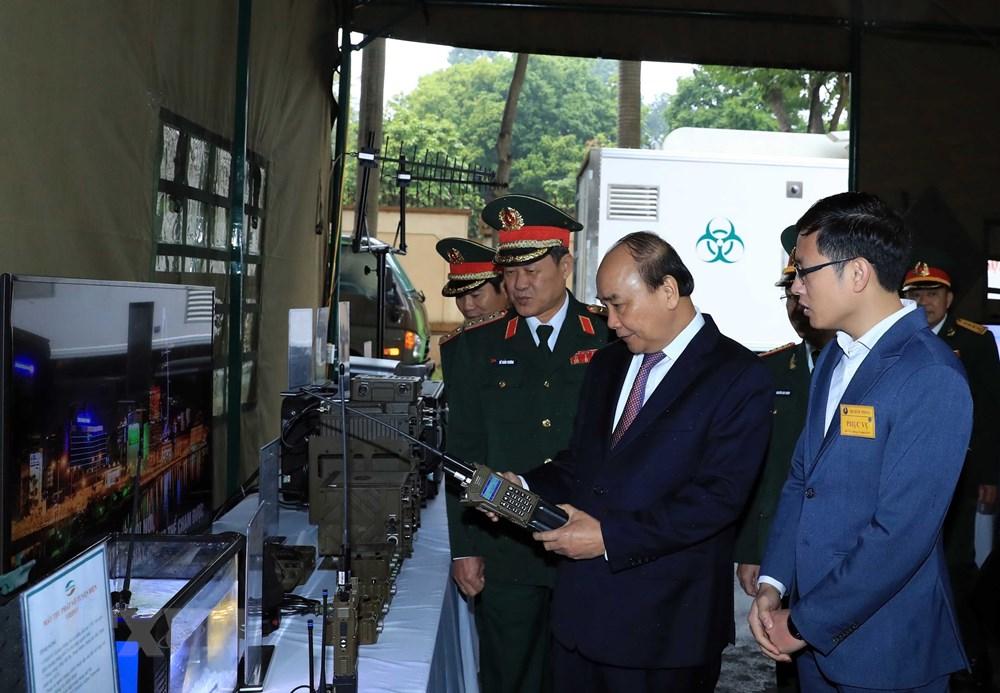 Thủ tướng, Chủ tịch Quốc hội dự kỷ niệm 75 năm Ngày thành lập quân đội - 9