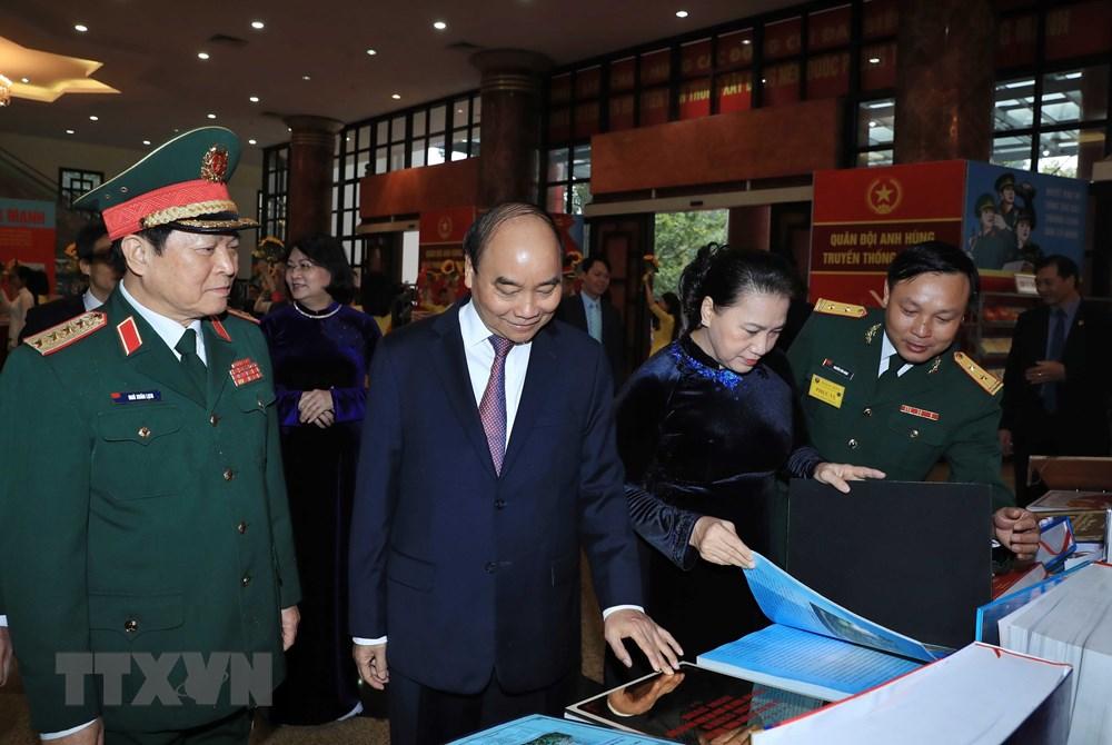 Thủ tướng, Chủ tịch Quốc hội dự kỷ niệm 75 năm Ngày thành lập quân đội - 8