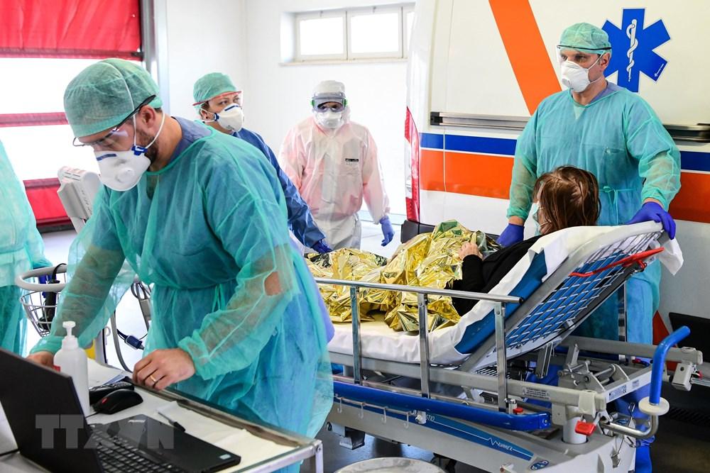 Đức ghi nhận hơn 37.323 ca nhiễm Covid-19 - 1