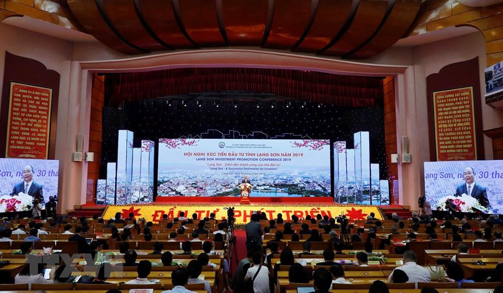 Thủ tướng: Cần xây dựng cơ chế liên kết về kinh tế các tỉnh biên giới - 1