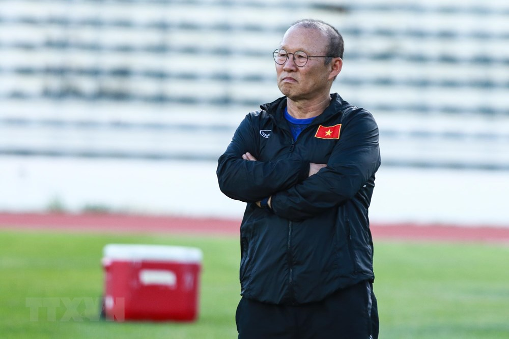 [ẢNH] Đội tuyển Việt Nam 'thư giãn' sau chiến thắng chủ nhà Thái Lan - 2