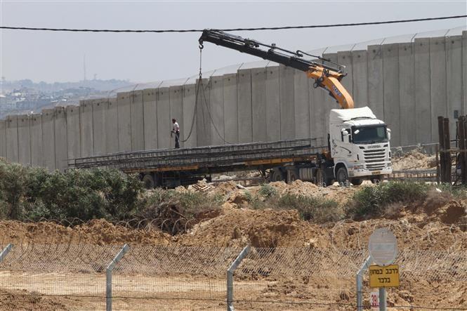 Israel báo động do tên lửa bắn từ Gaza vào miền Nam