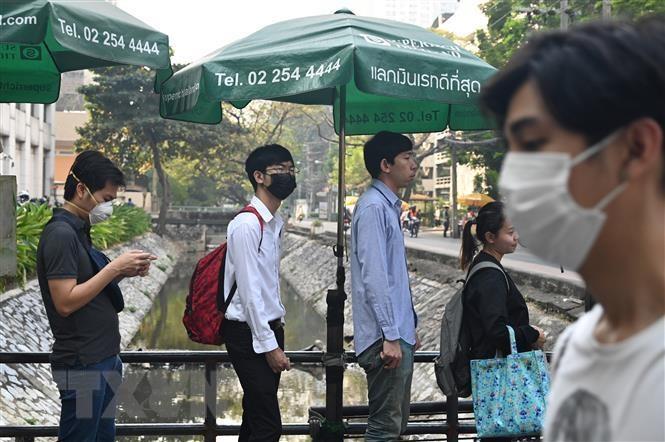 O nhiem khong khi tai Bangkok len muc co hai cho suc khoe hinh anh 1