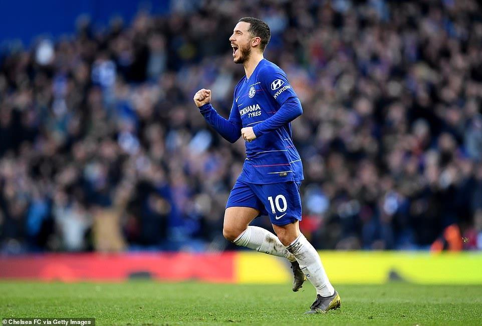 Premier League: Arsenal đá bay M.U khỏi tốp 4, Chelsea mất điểm - 2