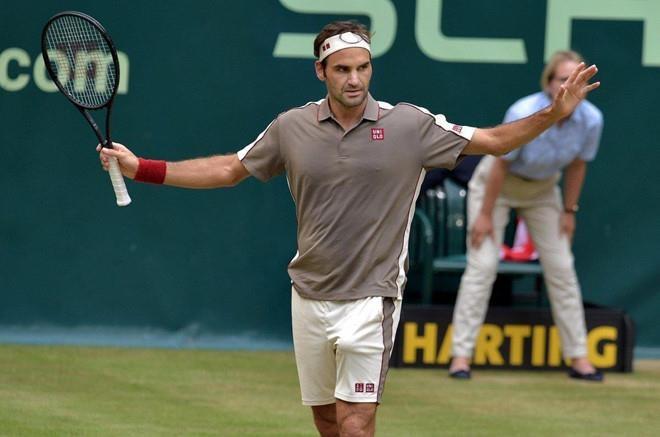 Roger Federer hoàn tất cú 'decima' đầu tiên trong sự nghiệp - 1