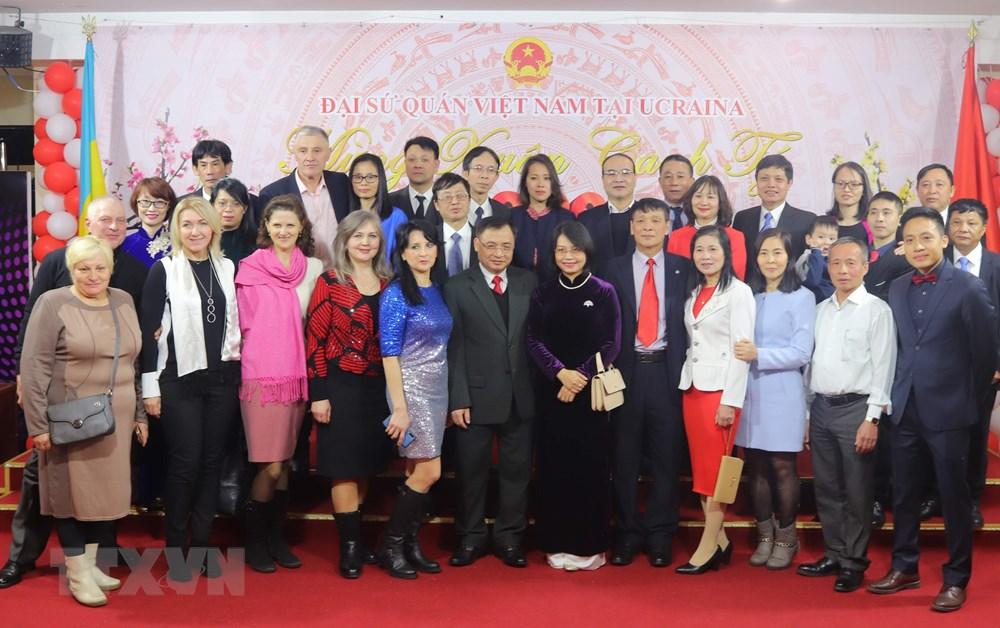 Đại sứ quán Việt Nam tại Ukraine tổ chức mừng xuân Canh Tý 2020 - 1