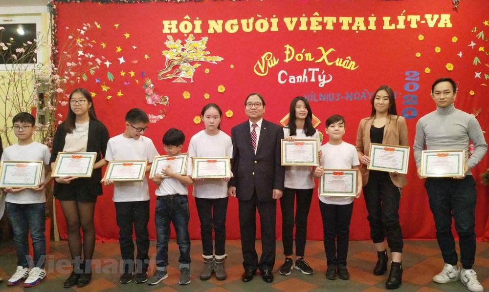 Cộng đồng người Việt tại Litva gặp mặt mừng xuân Canh Tý 2020 - 1