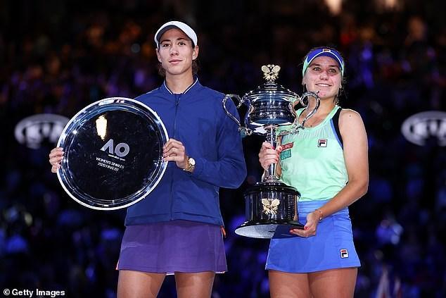 Ngược dòng hạ Muguruza, Kenin giành chức vô địch Australian Open - 2