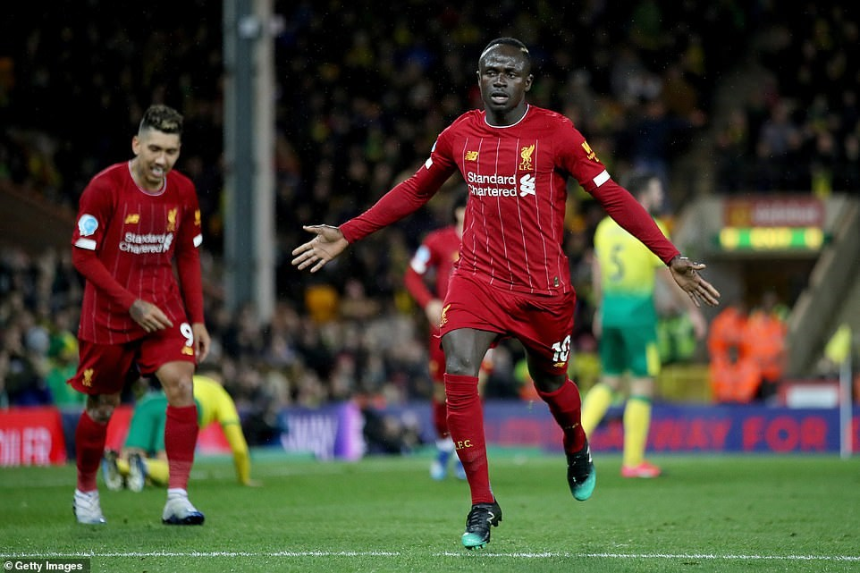 Sadio Mane tỏa sáng giúp Liverpool bỏ xa Man City đến 25 điểm