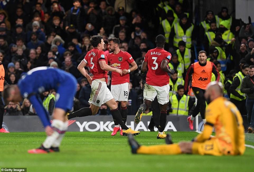 M.U 'gieo sầu' cho Chelsea ngay tại thánh địa Stamford Bridge - 1