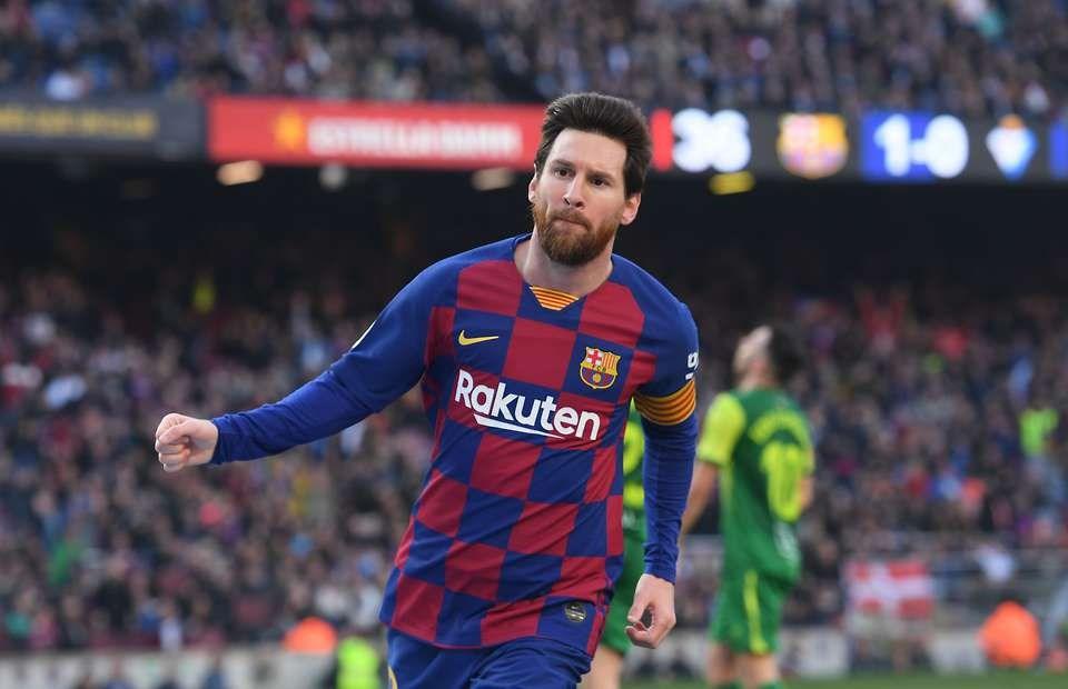 Messi ghi 4 bàn, Barcelona giành lại ngôi đầu từ tay Real Madrid