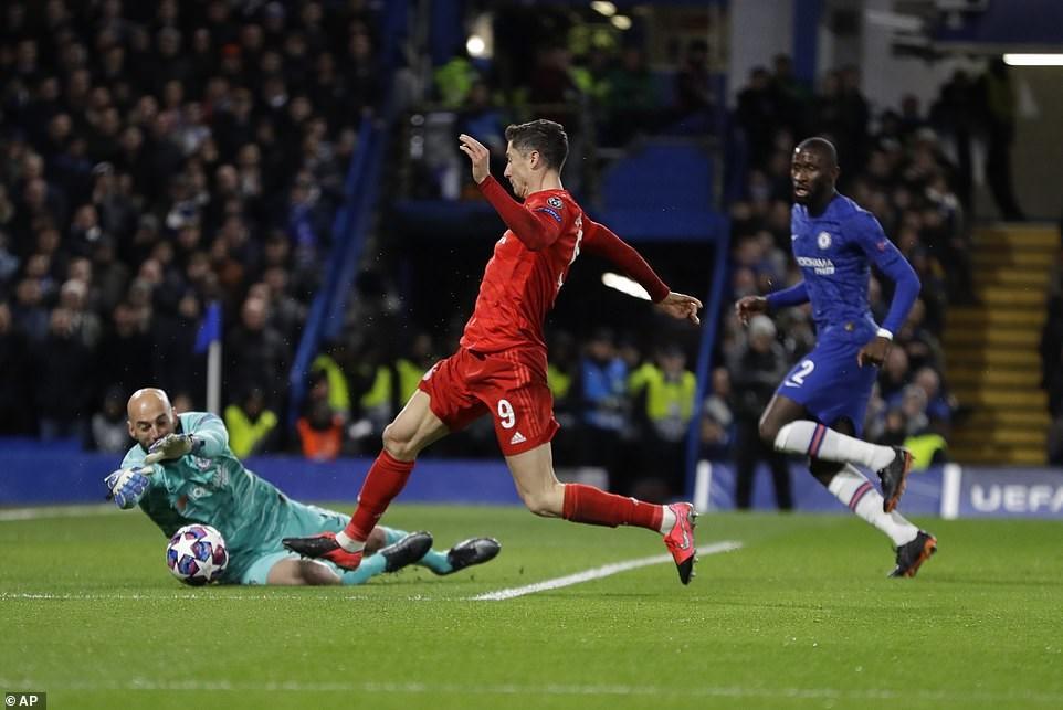 'Gieo sầu' cho Chelsea, Bayern Munich đặt 1 chân vào vòng tứ kết - 1