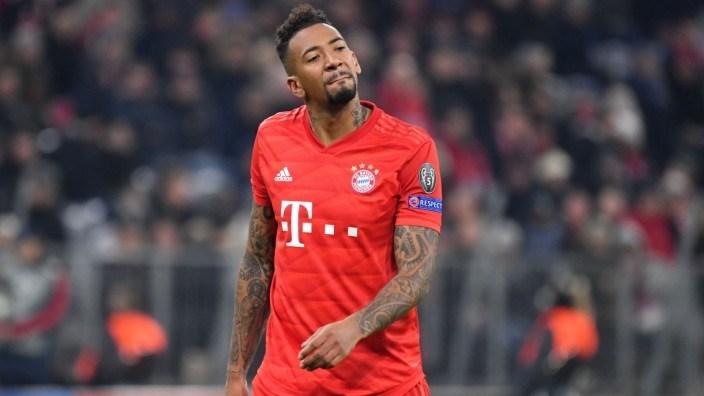 DFL quyết định hoãn giải Bundesliga ít nhất đến ngày 30/4 - 1