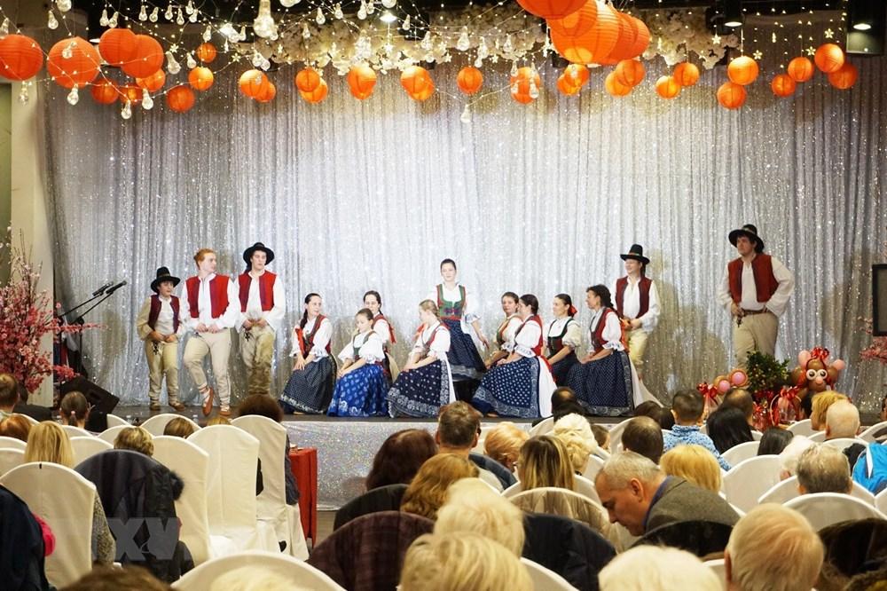 Giao thoa văn hóa Tết Nguyên đán Việt Nam và Lễ hội cổ của CH Séc - 1