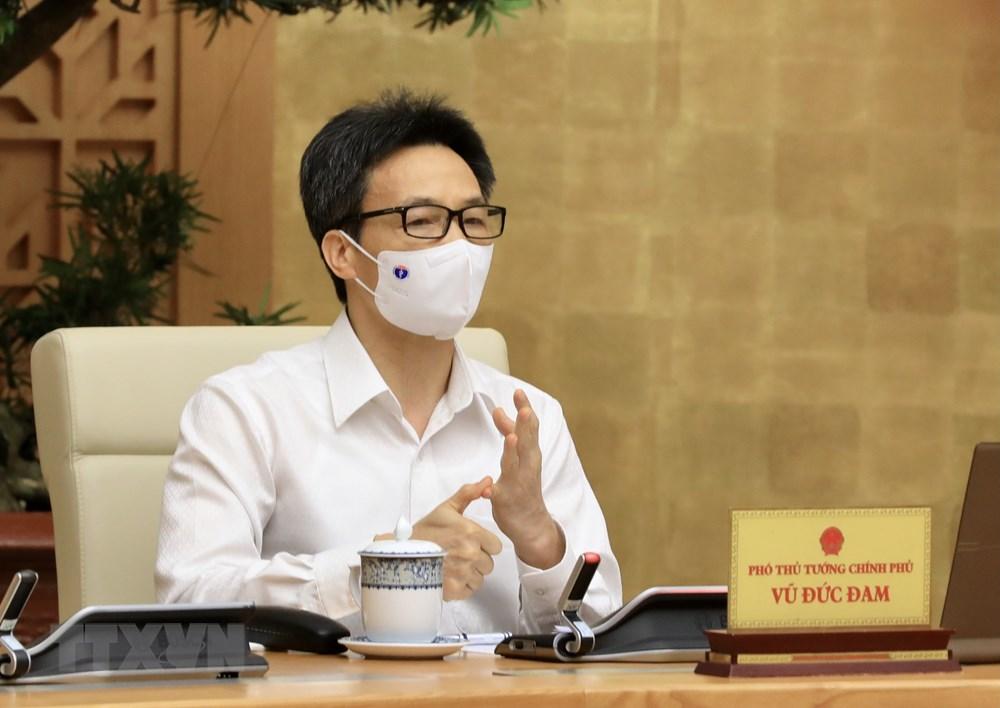 [Photo] Thu tuong chi dao cong tac truoc dien bien moi cua dich benh hinh anh 13