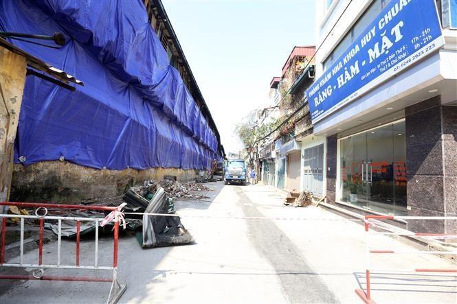 Vụ cháy Rạng Đông: Yêu cầu xây ngay bờ be xung quanh khu vực cháy - 1