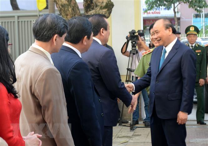 Thủ tướng Nguyễn Xuân Phúc chúc Tết các đơn vị tại Đà Nẵng - 2