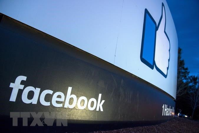 Facebook gỡ hàng loạt tài khoản giả mạo tại Anh và Romania