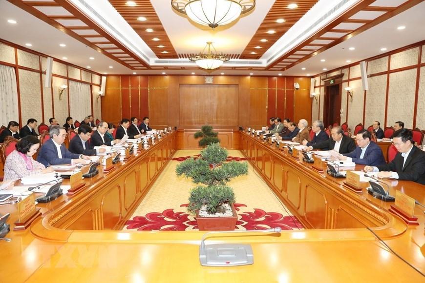 Bộ Chính trị cho ý kiến hoàn thiện dự thảo Văn kiện Đại hội Đảng XIII - 1