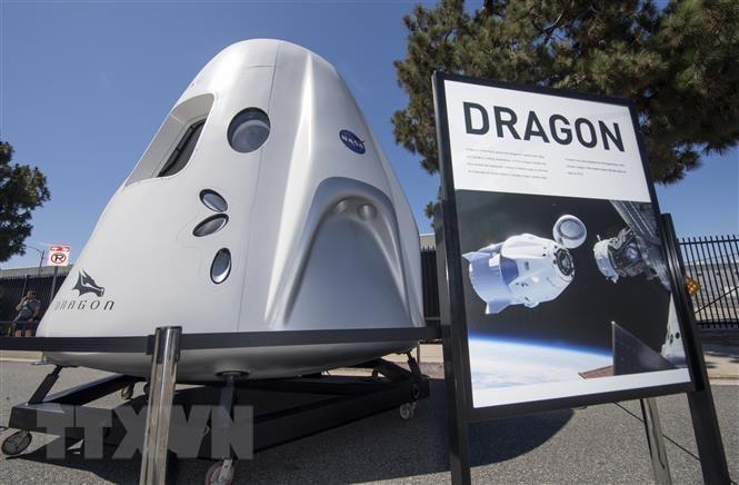 SpaceX phóng tàu vũ trụ đưa đồ tiếp tế, thiết bị nghiên cứu lên ISS