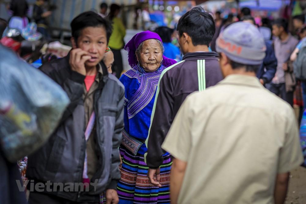 Tham cho phien Can Cau, net van hoa nguyen so con sot lai tai Lao Cai hinh anh 9