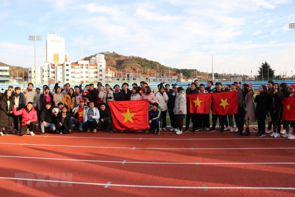 [ẢNH] Cận cảnh U23 Việt Nam có buổi tập nhẹ tại Hàn Quốc - 3