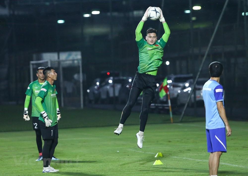 Lý do cầu thủ Việt kiều chưa được HLV Park Hang-seo tin tưởng - 1