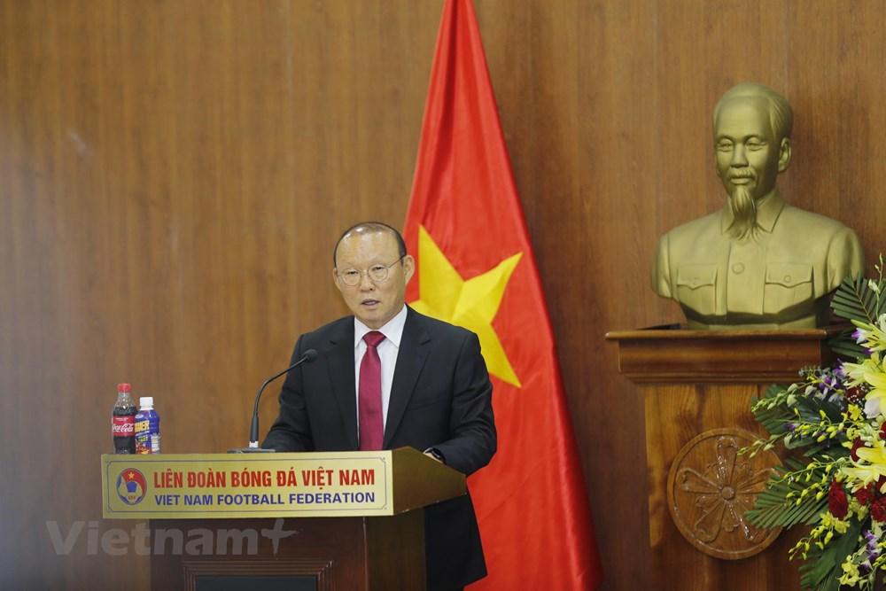 HLV Park Hang-seo tiết lộ từng có ý định rời Việt Nam sau thành công - 1