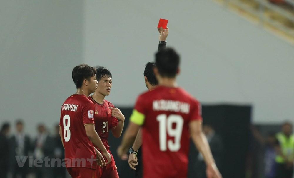 U23 Việt Nam thất thần rời sân Thái Lan khi bị loại sớm ở U23 châu Á - 2