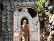 Mục sở thị ngôi nhà 'kỳ lạ' của người đàn ông Việt đam mê đĩa cổ