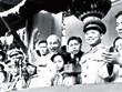 Trưng bày tư liệu, chiếu phim chào mừng Đại hội lần thứ XIII của Đảng