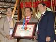Gặp gỡ Kỷ lục gia thế giới với bộ sưu tập 5.600 bonsai, tiểu cảnh mini