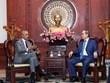[Video] Cựu Tổng thống Mỹ Obama bất ngờ đến thăm Việt Nam cùng vợ