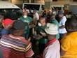 Zimbabwe có ca tử vong đầu tiên, Nam Phi là ổ dịch lớn nhất châu Phi