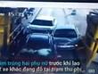 Sốc trước cảnh ôtô lao như tên bắn, đâm vào 2 phụ nữ tại trạm thu phí