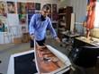 Họa sỹ người Syria vẽ tranh thắp lên niềm hy vọng