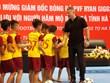 Huyền thoại bóng đá MU Ryan Giggs giao lưu với học sinh Hà Tĩnh