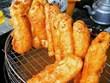 Bánh chuối miền Tây - 'vị khách' hấp dẫn trên đường phố Hà Nội