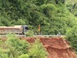 Tuyến đường độc đạo Bình Phước-Lâm Đồng liên tục sạt lở nguy hiểm