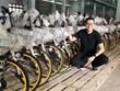 [Video] Những đứa trẻ được đến trường bằng xe đạp tái chế