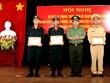 Khen thưởng 3 chiến sỹ công an cứu người trên thuyền đánh cá sắp chìm