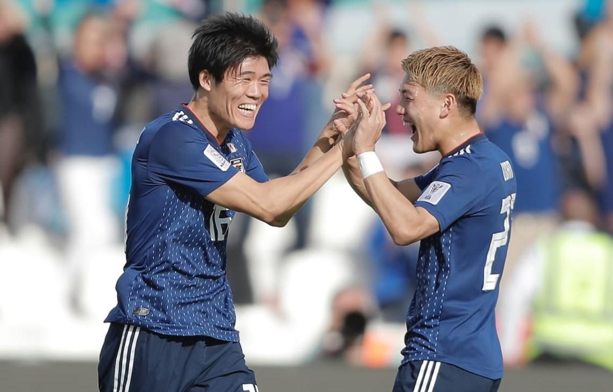 Takehiro Tomiyasu (số 16) mang chiến thắng về cho Nhật Bản. (Nguồn: AFC)